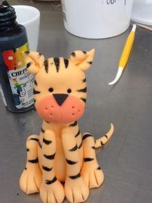gum paste tigar figurica