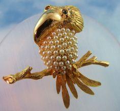 Signed Hobe Faux Pearl & Gold Tone Kookaburra Bird Pin/Brooch