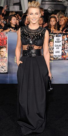Julianne Hough in an edgy Kaufman Franco gown and Edie Parker clutch at the Breaking Dawn 2 premiere