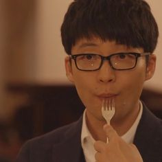 "ถูกใจ 32 คน, ความคิดเห็น 5 รายการ - kayo (@kayo_genlovecrazy128) บน Instagram: ""ただいま絶賛お昼休み中 はぁぁぁぁぁぁ なんてかわいいの〜 ご飯じゃなくて、あなたを食べたいぃぃぃぃ\(//∇//)\←え #星野源 #星野源が好き…"""