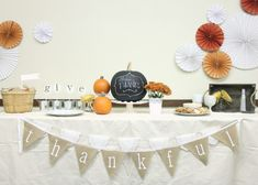 lovesome: thanksgiving decor