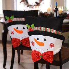 Mr. Snowman Chair Covers / Se ven geniales éstos Covers para las sillas!!!