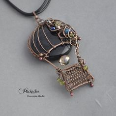 Balloon romance - a necklace with a large pendant