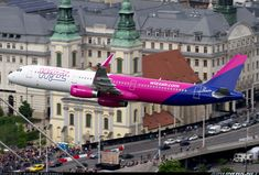 A Wizz Air A321 on a low pass over the Danube and downtown Budapest.