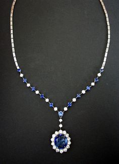 Estate 10ct Sapphire & Diamond Necklace Gold