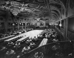 Sala de Oro interior. At one time, the largest ball and banqueting room in the world. It has hosted the Academy Awards and numerous other ev...