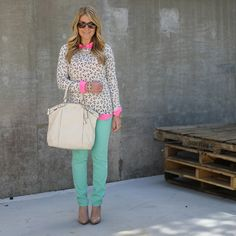 Old Navy Anchor Sweater mint and pink Preppy Style, My Style, Preppy Fashion, Mint Pants, Anchor Sweater, Mix And Match Fashion, Navy Anchor, Spring Fashion, Fashion 2014