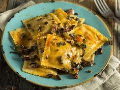 Tortelli-di-Zucca Pizza Rapida, Tortellini, Prosciutto, Gnocchi, Fett, Pasta Recipes, Italian Recipes, Recipies, Food And Drink