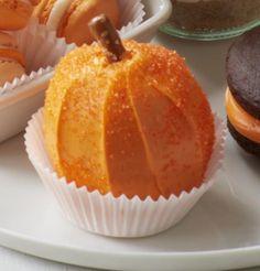 Frosted Pumpkin #halloween #pumpkin #dessert