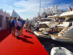Charter a yacht for MIPIM and MIPIM Horizons