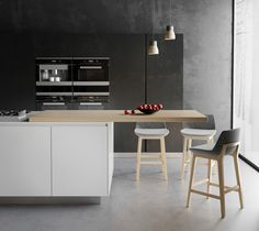Black kitchen design | VIZN studio
