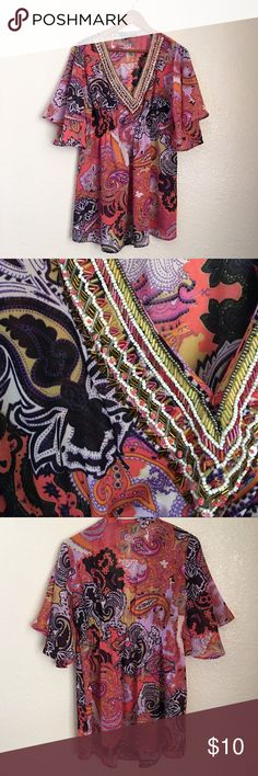 Loose Paisley Sequined Printed Top Colorful Printed Top• Loose/Flowy• Medium• 100%Polyester• Sequins in Tact• Like New Tops Blouses