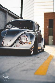 801 Garage - Juan's Bagged Oval Window VW Bug | David Arellano | Flickr