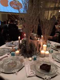 Wintry decor - Table centerpieces