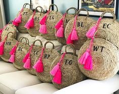 Personalized round straw bag with leather handles and tassels, monogrammed basket, monogram straw bag, straw beach bag, personalized bag Round Straw Bag, Glands, Diy Sac, Inside Bag, Welcome Bags, Basket Bag, Everyday Bag, Custom Bags, Clutch