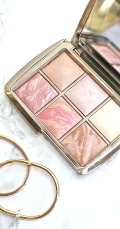 The highlighter, contour and blush palette you NEED in your makeup collection! I've been using this on repeat for the past two months!