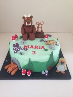 Gruffalo cake by www.boutiquebakehouse.co.uk