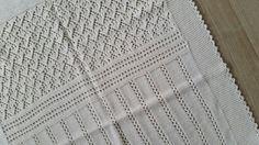 Babyteppe eget mønster Mai 2015 Knitting, Rugs, Home Decor, Farmhouse Rugs, Decoration Home, Tricot, Room Decor, Breien, Stricken
