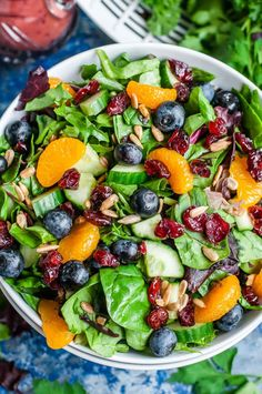 Cranberry Blueberry Salad with Blueberry Balsamic Dressing Cranberry Blueberry Spring Mix Salat mit Blaubeerbalsamico-Dressing Best Salad Recipes, Summer Salad Recipes, Healthy Salad Recipes, Vegetarian Recipes, Cooking Recipes, Best Summer Salads, Balsamic Salad Recipes, Simple Salad Recipes, Picnic Salad Recipes