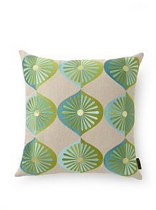 emma at home Many Fans Embroidered Linen Pillow (Sea)