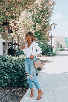 Fashion Ideas And Tips For A Better Look – Fashion Trends Teen Vogue, Mode Outfits, Trendy Outfits, Fashion Outfits, Womens Fashion, Chic Outfits, Cute Simple Outfits, Black Outfits, Fashionable Outfits