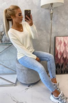 Pulover dama casual Sweater Fashion, Smart Casual, Black Friday, White Jeans, Modeling, Overalls, Skinny Jeans, Lady, Sleeves