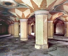 Abandoned pedestrian subway - Crystal Palace
