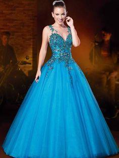 Vestido azul com renda