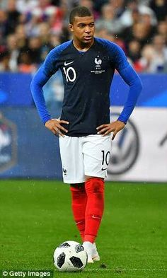 World Cup 2018 kits: Verdict on EVERY strip Kylian Mbappe and Paul Pogba show off the stylish France home and away kits Football Squads, Football Memes, Football Soccer, France Players, France Team, Good Soccer Players, Football Players, Neymar Jr, World Cup 2018