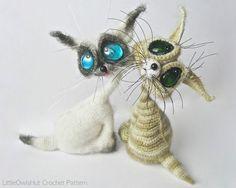 010 Cat Siam toy with wire frame  Amigurumi by LittleOwlsHut