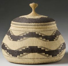 Elizabeth Hickox (1875-1947), Northern California Karok/Wiyot tribe| Lidded basket with a knob handle, c.1913 | Made of bear grass, maidenhair fern, conifer root and hazel