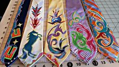 Native American Design, Native American Beading, Native American Fashion, Dance Outfits, Work Outfits, Ribbon Skirts, Side Bags, Old Clothes, Beaded Purses