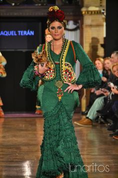 Raquel Terán Simof 2015 Spanish Costume, Flamenco Costume, Fishtail, Vest Jacket, Beautiful Dresses, Mermaid, Sari, Culture, Formal Dresses