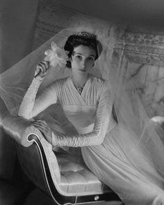 1940s wedding gown. #vintage #bride #wedding #dress #1940s
