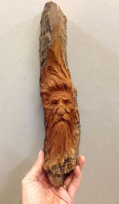Wood Carving Faces, Dremel Wood Carving, Tree Carving, Wood Carving Patterns, Wood Carving Art, Wood Art, Wood Carvings, Whittling Wood, Essential Woodworking Tools