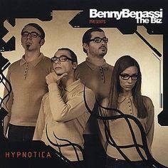 Послушай песню Love Is Gonna Save Us (Sfaction-x Long Mix) исполнителя Benny Benassi, найденную с Shazam: http://www.shazam.com/discover/track/40401609
