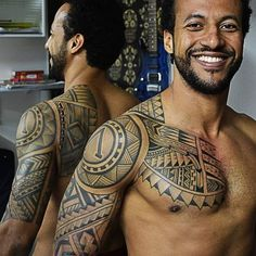 30 Best Maori Tattoo Designs - Strong Tribal Pattern #samoantattoosshoulder #maoritattoosmen