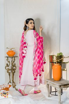 Long Dress Design, Dress Neck Designs, Kurti Neck Designs, Kurta Designs Women, Designs For Dresses, Blouse Designs, Dress Indian Style, Indian Fashion Dresses, Indian Outfits