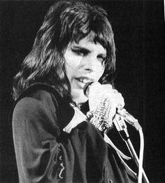 Freddie - freddie-mercury