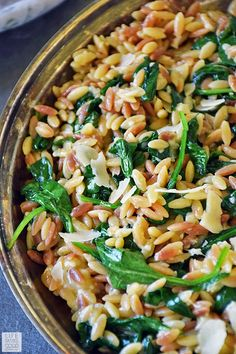 Orzo Pasta with Spinach and Parmesan is an easy recipe using fresh ingredients to maximize flavor. It makes an impressive side dish, but if you want an easy all-in-one meal, just add chicken for… Orzo Pasta Recipes, Spinach Recipes, Vegetarian Recipes, Cooking Recipes, Healthy Recipes, Meals With Spinach, Vegetable Pasta Recipes, Healthy Dishes, Tasty Dishes