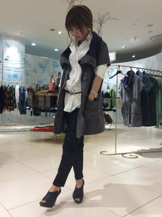 新作シャツを重ねて。甘めのジャンスカを羽織って、カッコ良く!!  Model:shop manager S
