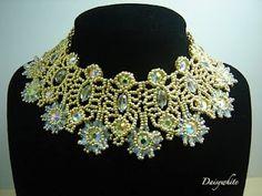 superbe collier de Daisywhite