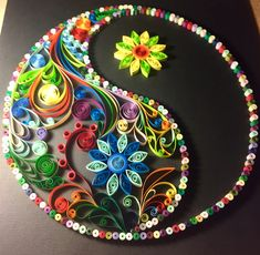 Quilling Quin Yin Yang - Italia Deco Home Trends Paper Quilling Cards, Quilling Letters, Quilled Paper Art, Paper Quilling Designs, Quilling Craft, Quilling Flowers, Diy Paper, Paper Crafts, Quilling Ideas