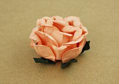 ROSA SALMÃO 2ª COR | Forminhas em flor para doces finos, brigadeiros, doces regionais, bombons, cake pops, doces em copinho, etc. | RECICLÁVEIS E REUTILIZÁVEIS | {Handmade paper flower baking cases | Eco-friendly | Recyclable and reusable}.