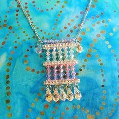 Nyári hangulatú nyaklánc Swarovski kúpos gyöngyökből - Art-Export webáruház