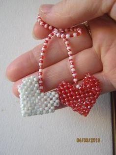 Мэрцишор Art For Kids, Crafts For Kids, 8 Martie, Native American Jewelry, Beaded Jewelry, Beads, Crochet, Bracelets, Handmade