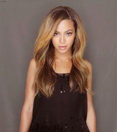 Beyonce Dark Hair, Hair Colors, Bomb Hairstyles, Hairstyles Updo S, Hair Styles… Love Hair, Gorgeous Hair, Beautiful, Beyonce Hair Color, Curly Hair Styles, Natural Hair Styles, Peinados Pin Up, Ombre Hair Color, Hair Colour