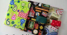 Como lo prometido es deuda, aquí están los tres estuches escolares que faltaban. Dos son del mismo tamaño que los primeros  y el otro es... Train Journey, Paris Hotels, Blog, Lunch Box, Gift Wrapping, How To Make, Crafts, Wallet, Fans
