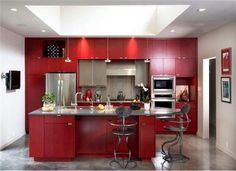 Dramatic Contemporary Kitchen by Traci Kearns on HomePortfolio