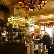 Chez Jeannette | 10th Arrondissement